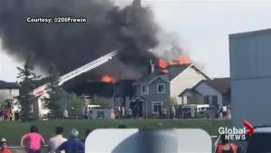 Video shows flames, smoke coming from northeast Calgary homes