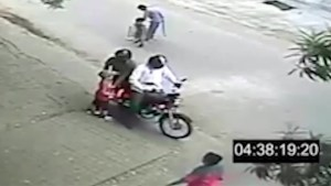 Video depicts how simple, rampant child abductions in Pakistan can be