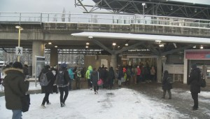 Snowstorm causes Metro Vancouver transit chaos