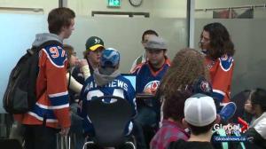Albertans wear jerseys to honour Humboldt Broncos