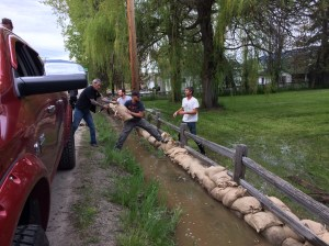 Lake Country sandbagging continues to protect infrastructure
