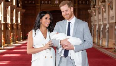 3193f919d The feminist significance of Meghan Markle's post-birth dress ...