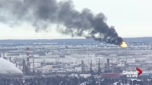 Thick smoke east of Edmonton caused by refinery flaring