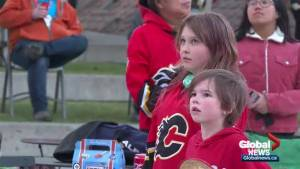 Calgarians cheer on Flames as they lose to Avalanche in Game 3