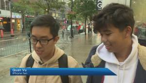 iPhone fans line up for new phone, Apple Watch