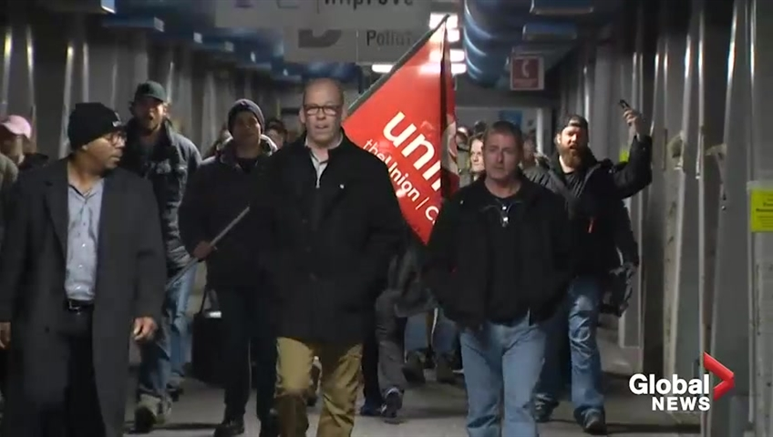 Union head to discuss fate of GM Oshawa plant