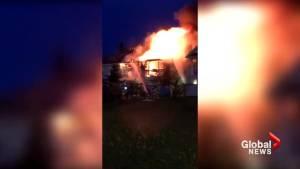 Early morning blaze at condo complex in south Edmonton Summerside area