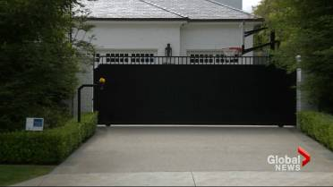 9eecf389e LeBron James  Los Angeles home vandalized with racial slur ...