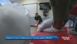 Toronto police to start carrying naloxone, concerns raised about expired first aid training