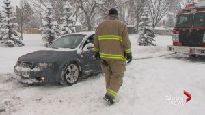 City of Calgary digs out of snowstorm