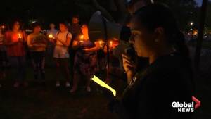 Dueling messages outside White House as activist group calls for impeachment amid candlelight vigil