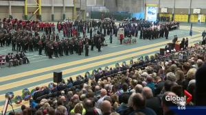 Hundreds mark Remembrance Day in Edmonton