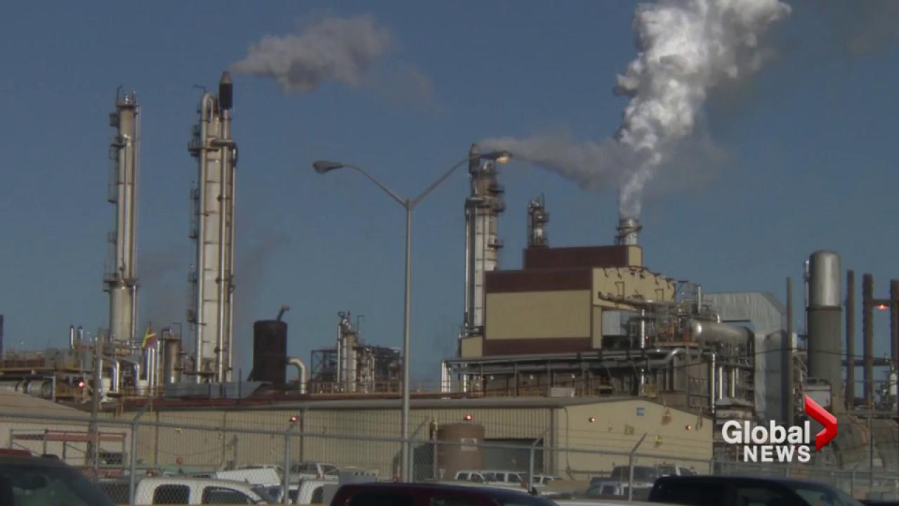 Federal carbon tax rebates to exceed cost for most people affected