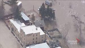 Rosebud River floods Drumheller community of Wayne, including Last Chance Saloon (02:20)