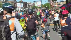 Tour de l'Île attracts 25,000 cyclists