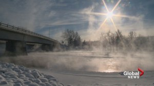 Calgary residents deal with Boxing Day deep freeze