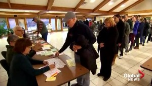 2018 U.S. midterms: Humidity, power outages cause delays, long lines at polling stations