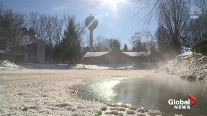 Frigid temperatures cause water tower in Minnesota to burst