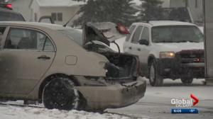 Overnight snow causes traffic troubles in Calgary and area