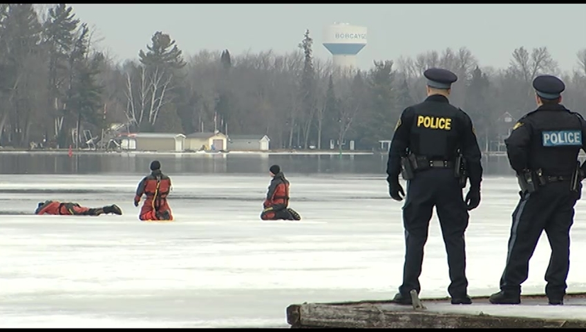 One missing, another in hospital after falling through ice on Sturgeon Lake