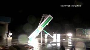 Hurricane Florence: Powerful winds and rain from storm tears down gas station roof