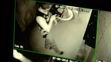 Alleged burglar gets trapped in Washington escape room