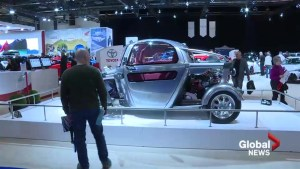 Montreal Auto Show draws crowd