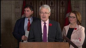 Marc Garneau unveils plans for intercity bus transit following Greyhound cancellation