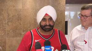 Nav Bhatia asks Toronto fans to give Kawhi Leonard 'space'