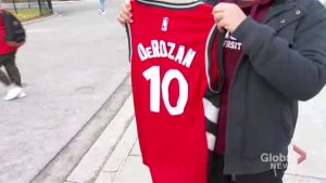 Toronto Raptors fans rally to show DeMar DeRozan 'We Got You'