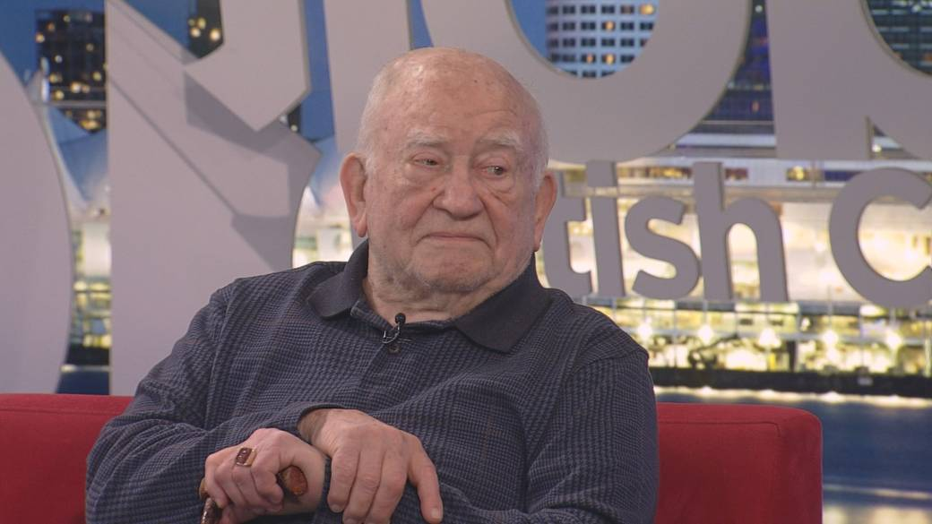 Click to play video: 'Ed Asner brings 'A Man and his Prostate' comedy show to Metro Vancouver'