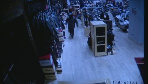 Thousands of dollars worth of merchandise stolen in smash and grab