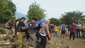 Indonesia earthquake: huge surge in death toll
