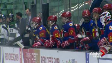 Nunavut Hockey Team Making History At Canada Winter Games