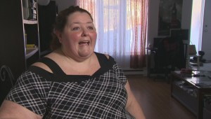 Quebec woman sounds the alarm after waiting four days for emergency surgery