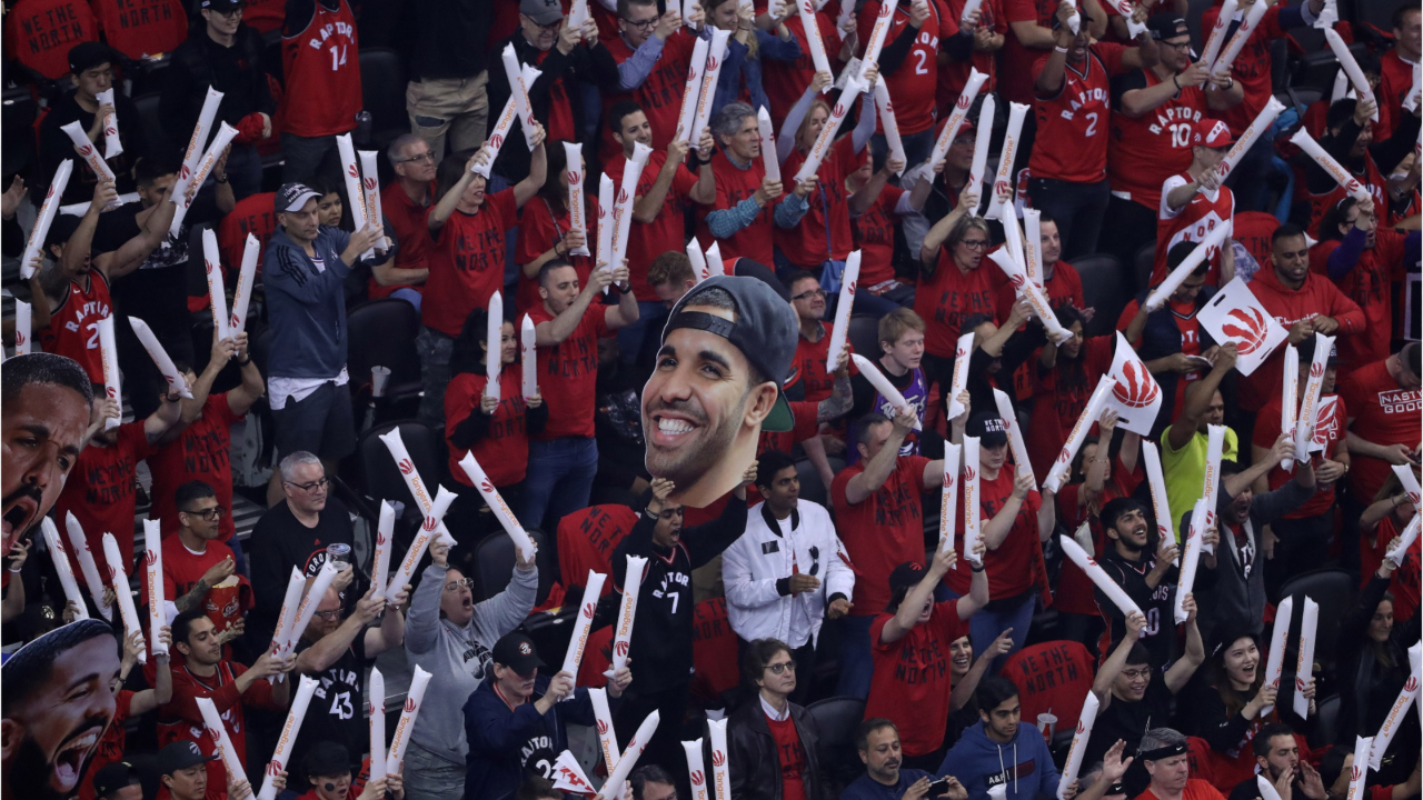 'Jurassic Park' filled with Raptors fans hours before Game 1