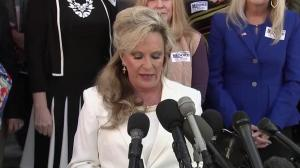 Roy Moore's wife says President Trump should thank him: 'Have you noticed you're not hearing too much about Russia?'