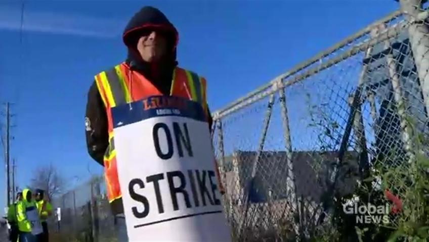 Peel Region Garbage Strike Ends As Collectors Company Reach Labour Deal Toronto Globalnews Ca