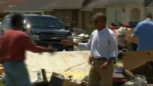 President Obama tours Baton Rouge, meets with flood victims