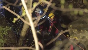 Man critically inured after fall on Mount Royal