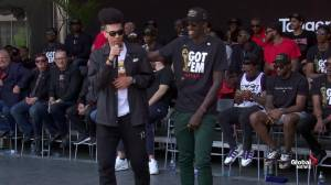 Raptors victory parade: Danny Green, Pascal Siakam thank fans before leading chant of 'Spicy P'