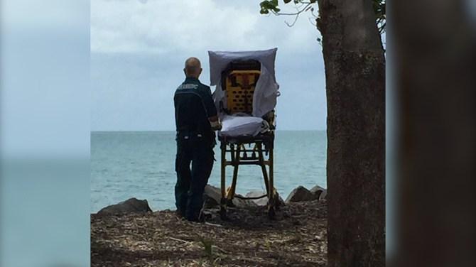 A moment by the beach — Australian paramedics fulfil dying woman's wish