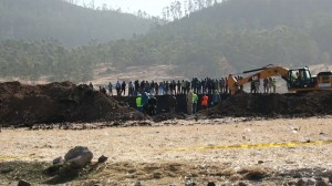 Ethiopian Airlines crash: Witness says plane trailed smoke before impact