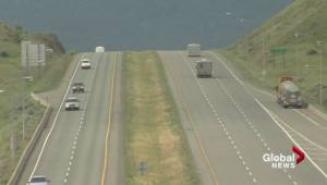 Transportation Minister announces decrease to speed limit on some B.C. roads (01:32)