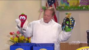 Melissa McCarthy's Sean Spicer lays waste to White House Press Room as Easter Bunny