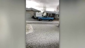 Hail storm blankets Saskatchewan town with ice pellets