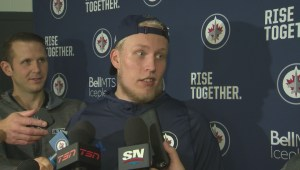 Patrik Laine reacts to finding out Little received six year extension