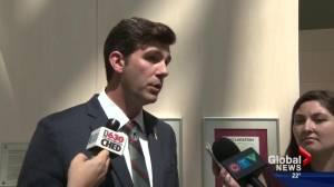 Edmonton city hall considers tweaking ride-sharing rules