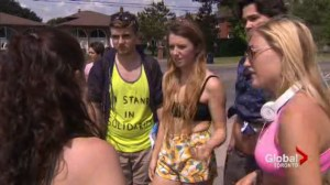 Toronto students hold #croptopday to protest school dress code