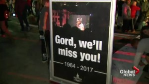 Canadians mourn Gord Downie's death